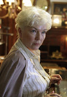 Lost - Fionnula Flanagan as Ms. Hawking