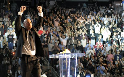 The WWE Hall of Fame 2009 Induction Ceremony - Stone Cold Steve Austin Receives a Standing Ovation From The WWE Fans In Attendance