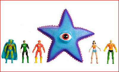 Justice League of America presents Starro the Conqueror Set featuring the Martian Manhunter, Green Lantern, the Flash, Wonder Woman & Aquaman
