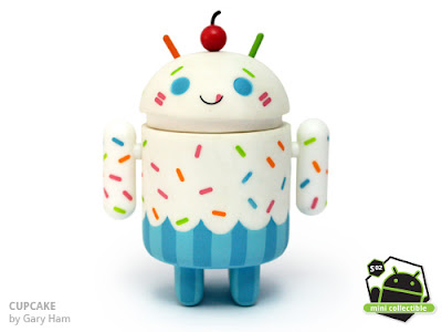 Android Series 02 - Cupcake Vinyl Figure by Gary Ham