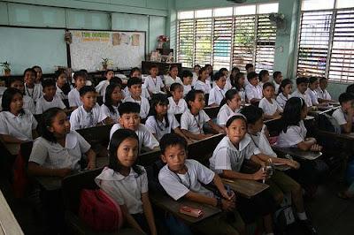 http://4.bp.blogspot.com/_ePhVOes19FM/TERYJy6WOgI/AAAAAAAAAAU/h74PtlZ_E6U/s400/Filipino+children+in+classroom.JPG