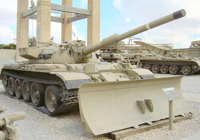 el T55-4 Tyran y el Centurion (re-editado)