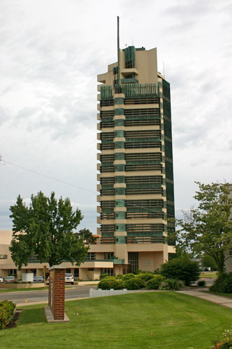 Architecture 365 days a year price tower for Frank lloyd wright bartlesville