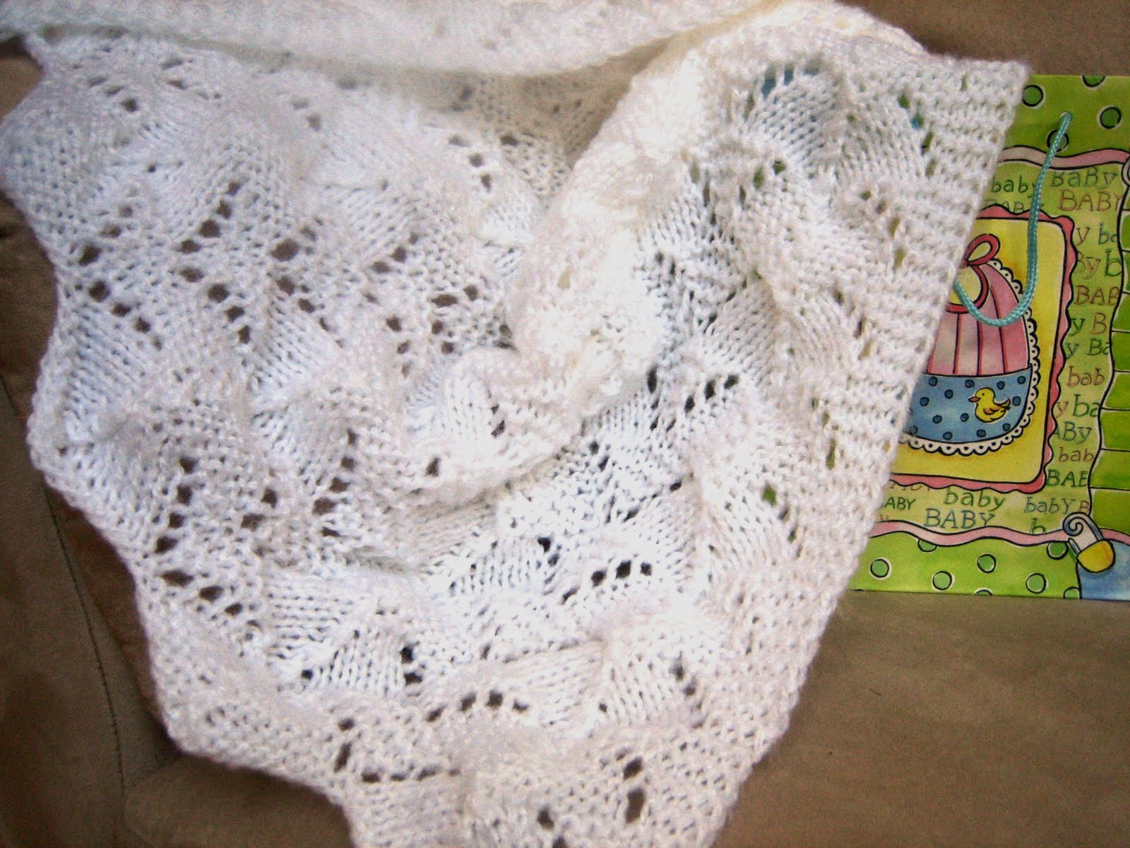 Easy Knitting Patterns For Baby Blankets For Beginners : Beginner baby blanket patterns « free
