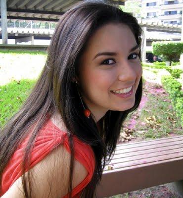 Angela Chica Bonita de 22 Años