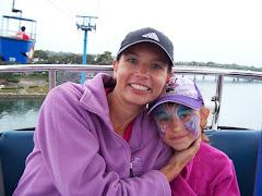 Rachel & McKenly at SeaWorld 2009