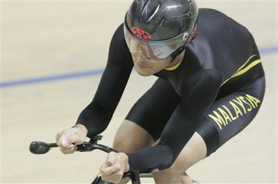 Melayu Boleh Rizal Tisin Cyclist