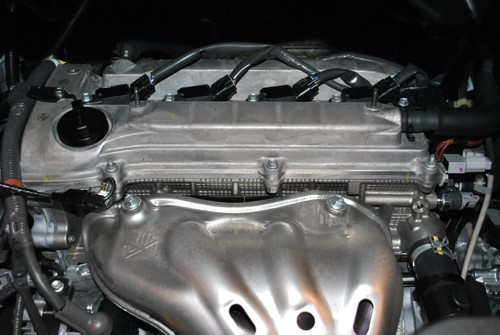 2011 Toyota Alphard Luxury MPV Engine View
