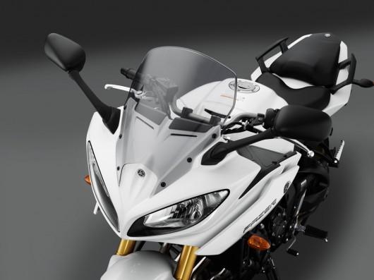 Yamaha Introduces FZ8 and Fazer8 Front View