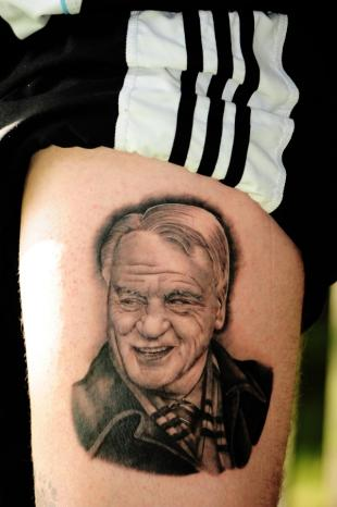 Toon fan's tattoo tribute to Sir Bobby Robson
