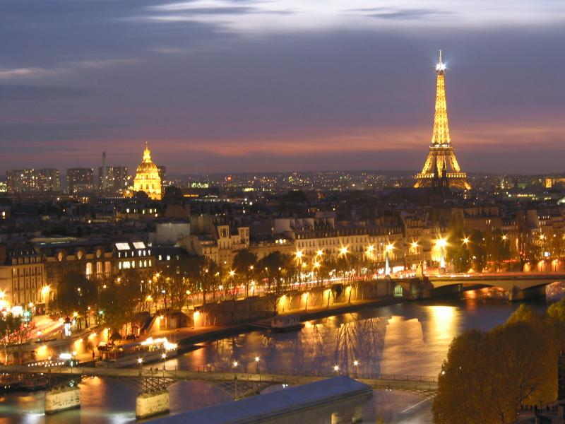 Paris skyline the view of paris at night