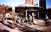 Estación de Union Square, entrada principal localizada en el centro del parque
