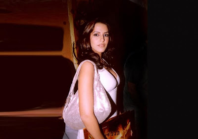 Neha Dhupia Hot Wallpapers, Neha Dhupia Hot Pictures