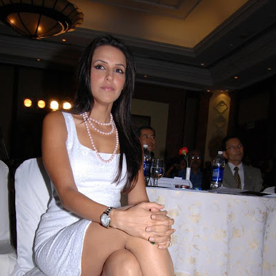 Neha Dhupia Hot Pics, Neha Dhupia Hot Pictures