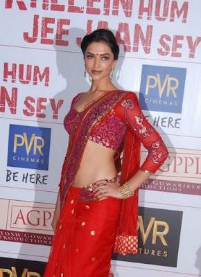 Hottest Bollywood Actresses Deepika Padukone Saree Pics Wallpapers Scenes 2010