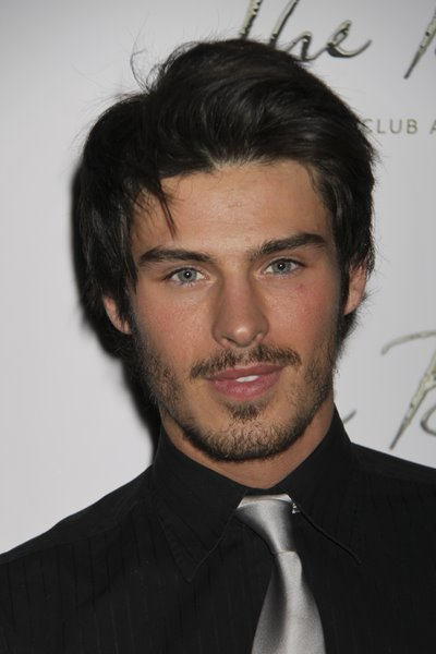 Hot Long Beach Wave Hairstyles for Men