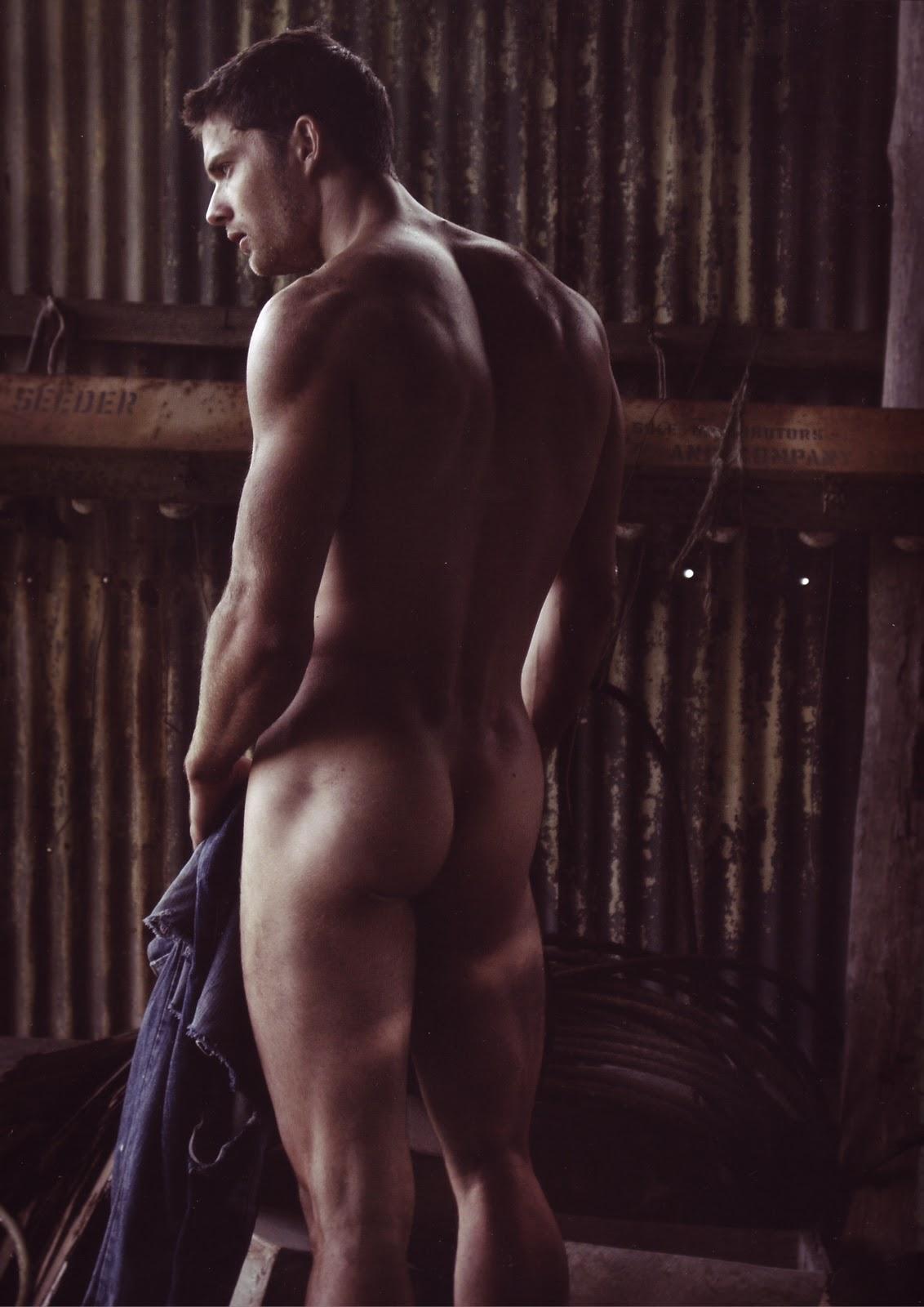 Красивые мужчины на телефон голые