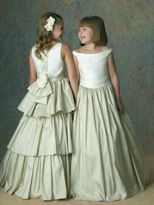 flower girl white dresses