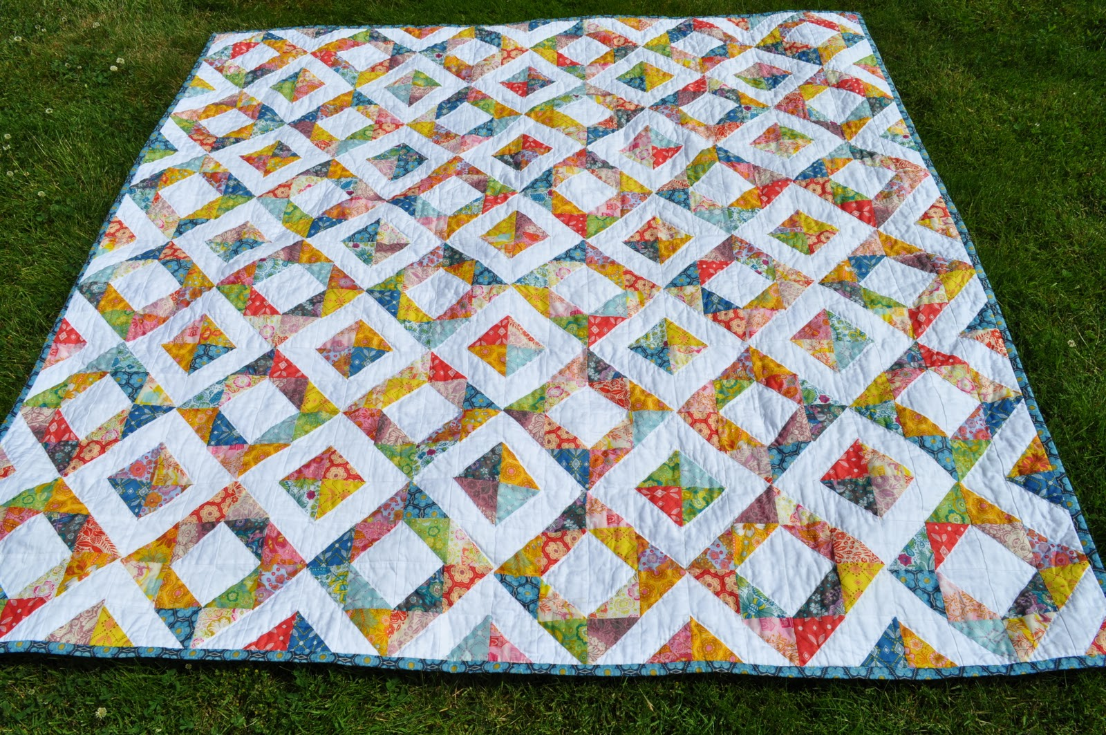 Light in the Valley Quilt Pattern - Bing Images quilts/ quilt blocks Pinterest Quilt ...