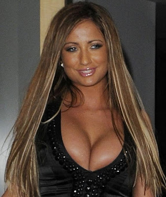 Chantelle Houghton cleavage