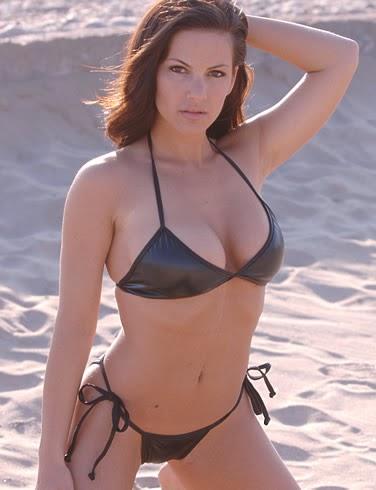Female fitness pornstar