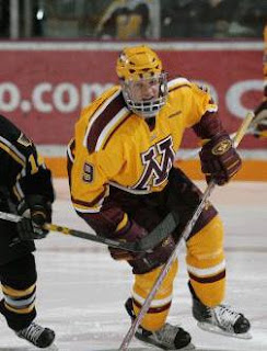 Gopher Hockey Player #9 on the ice