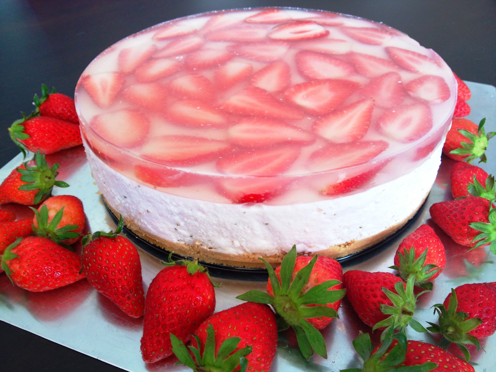 me mybakez mywhatever another strawberry cheesecake. Black Bedroom Furniture Sets. Home Design Ideas