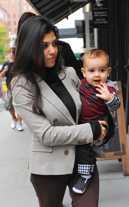 Family Time: Kourtney And Baby Mason!