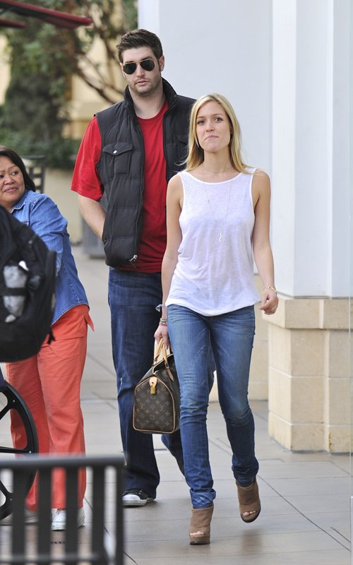 Kristin Cavallari Provides Comfort To Jay Cutler In LA
