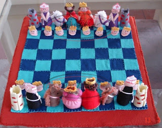 Jogo de xadrez em feltro