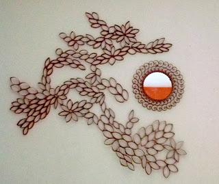 decoração de parede com rolos de papel