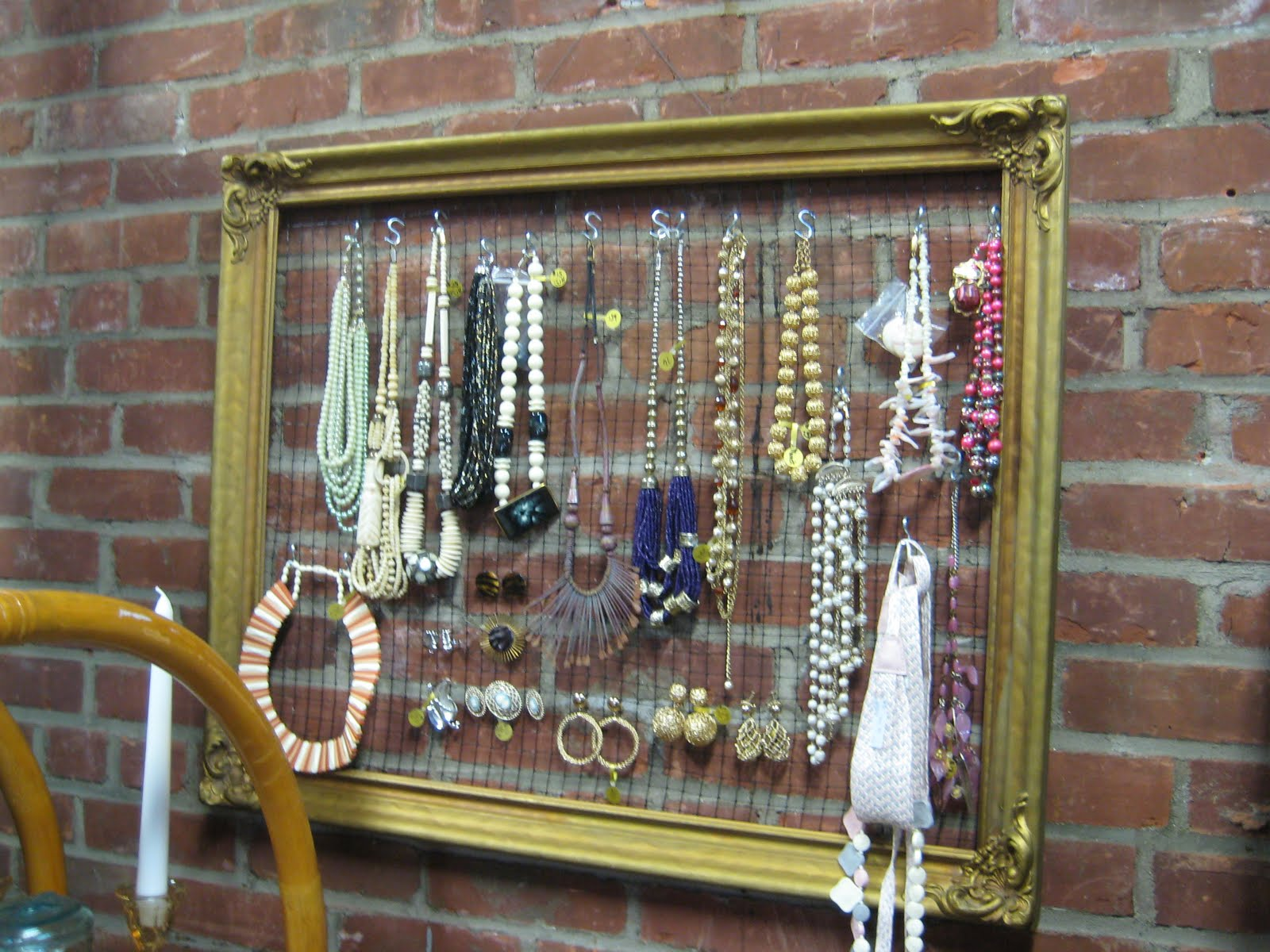 C Dianne Zweig Kitsch N Stuff It S A Frame Up