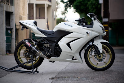 Kawasaki Ninja 250 White, MOTORCYCLE WALLPAPPERS