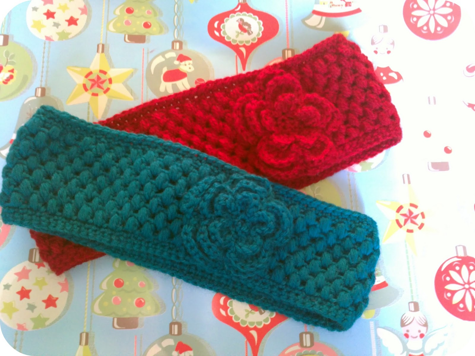 Crochet Flower Ear Warmer Tutorial : FREE PATTERN FOR CROCHETED EAR WARMER ? Easy Crochet Patterns