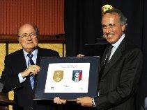 FIFA present World Cup badge