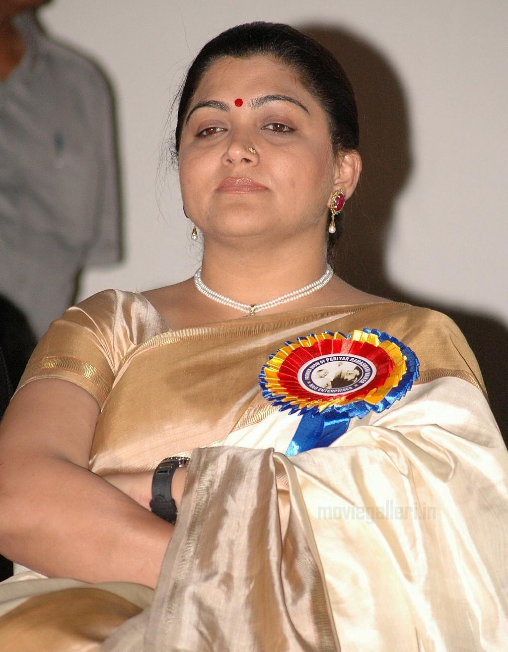 Kushboo Tamil Hot Classy tamil actress kushboo in saree latest stills photos gallery   new