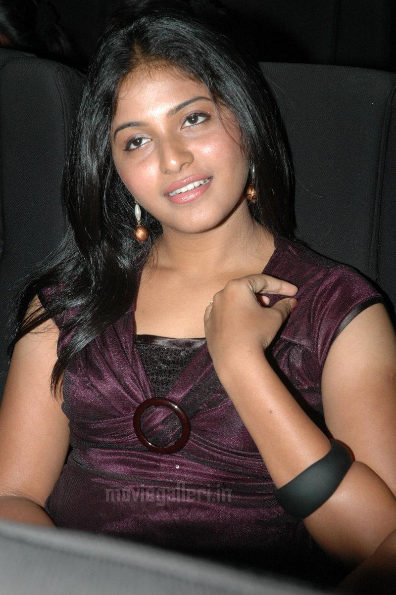 lala lala lala: anjali latest stills, anjali latest photo gallery