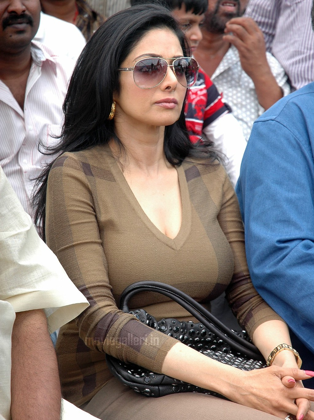 sridevi hot boob photo