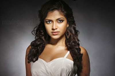 Mynaa Actress Amala Paul Hot Photoshoot Stills