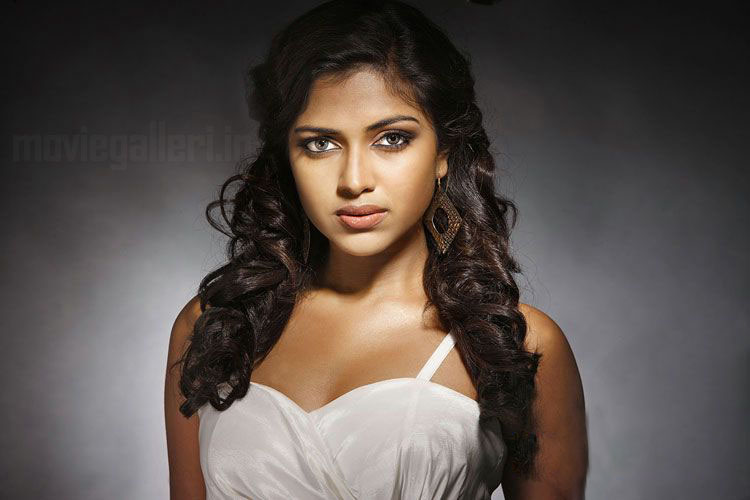 Actress Amala Paul Hot Photoshoot Stills & pics hot photos