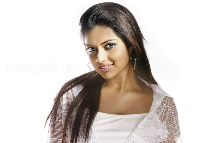 Actress Amala Paul Hot Photoshoot Stills & pics gallery pictures
