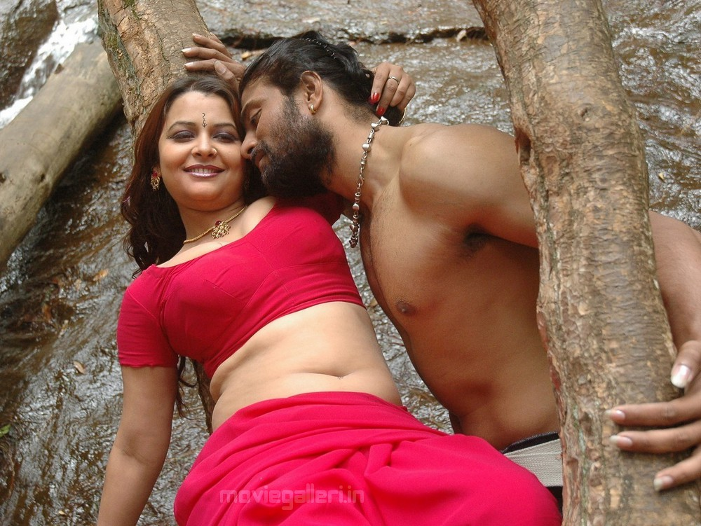 Tamil Hot Movie Stills