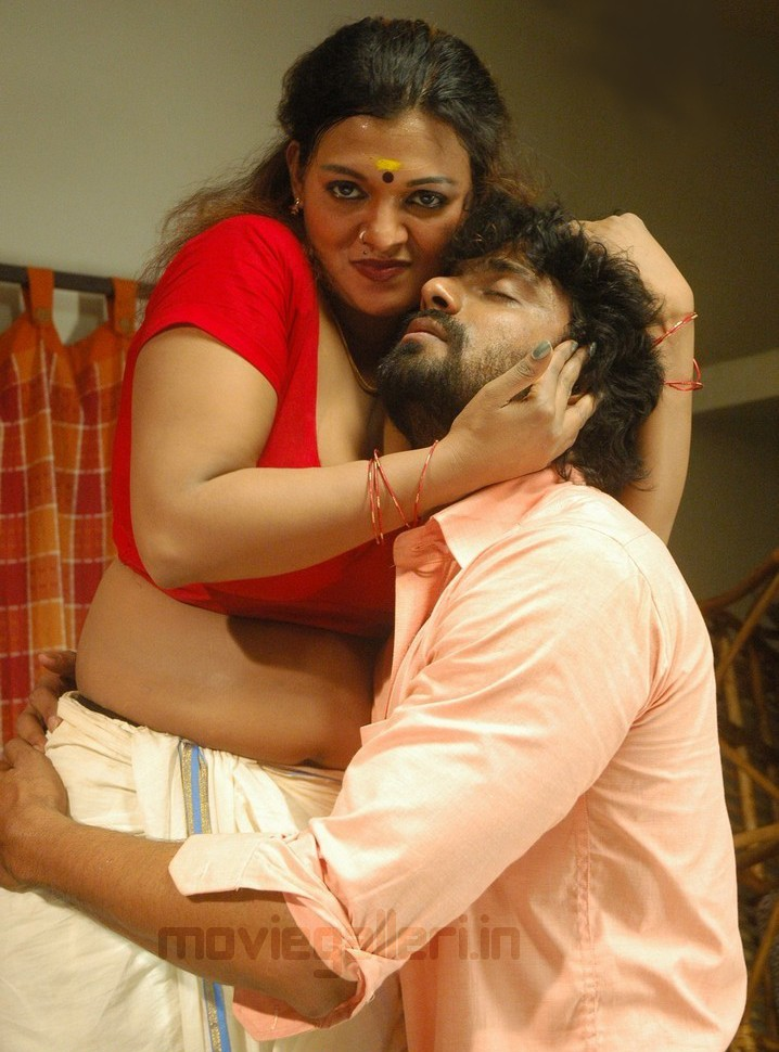 Thiruttu Sirukki Movie Hot Wallpapers, Thiruttu Sirukki Hot Pics