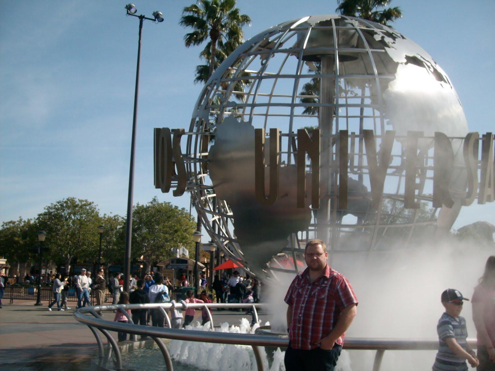 http://4.bp.blogspot.com/_efBF4ubewtg/S8wrUuaXSiI/AAAAAAAAAQE/zRtWwF-CH50/s1600/2010,+004+-+Los+Angeles+-+Universal+Studios+-+Me.JPG