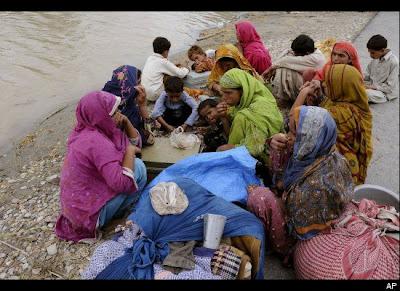 2010 Pakistan flood pictures