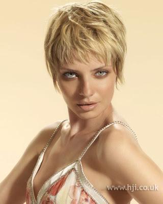 emma watson hairstyles. emma watson hairstyles 2011.