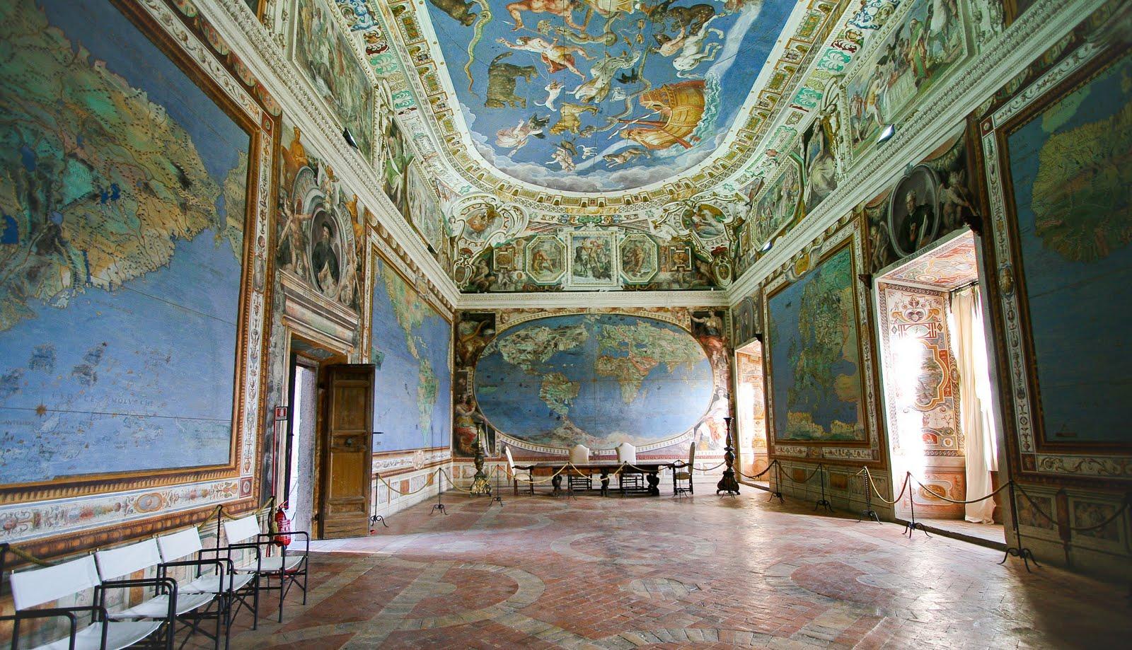 surface fragments: Palazzo Farnese