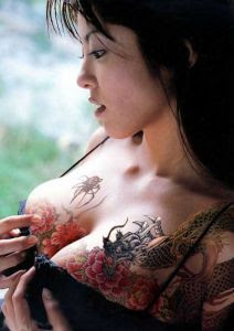 Pictures Flower and spider Of Hot Tattoo Gallery for Women