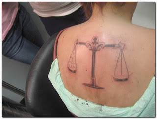 http://4.bp.blogspot.com/_eiBeHFUT6Lo/SzfZxid8wdI/AAAAAAAAAyM/5qLwt0yhNeg/s320/Libra+Tattoo+back+body+girls.jpg