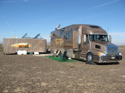 Semi Trailer Camper Conversion http://2002volvorv.blogspot.com/